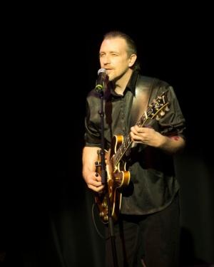 Tim Porter - Vocals