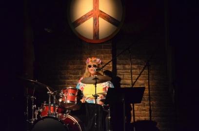 Linda Kidder ~ White Rabbit ~ Cruisin' with the Boomers