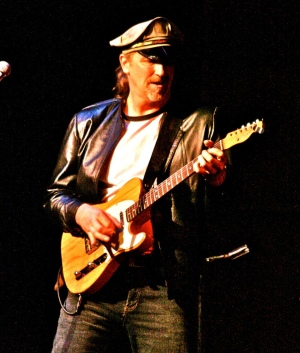 Tim Porter Guitar, Bass, Vocals